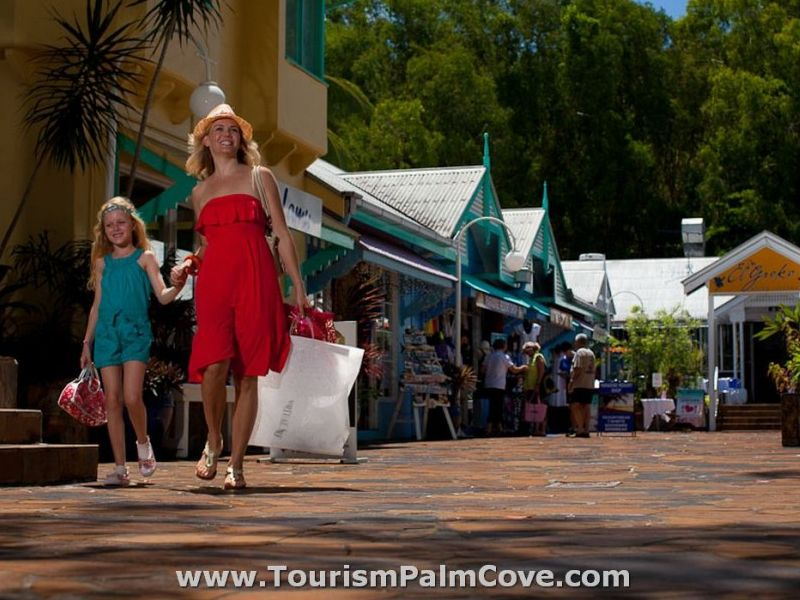 About Palm Cove Cairns - Stay At The Palms At Palm Cove Holiday Apartments