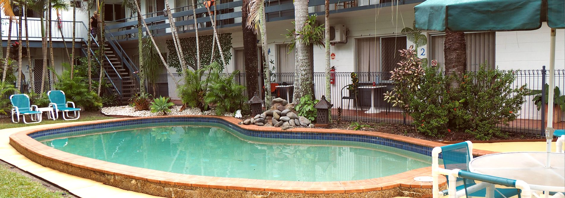 The Palms At Palm Cove Holiday Apartments
